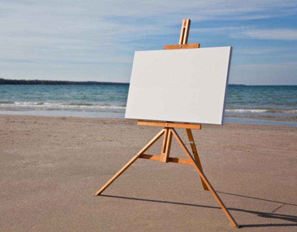 Почему художники рисуют за мольбертом